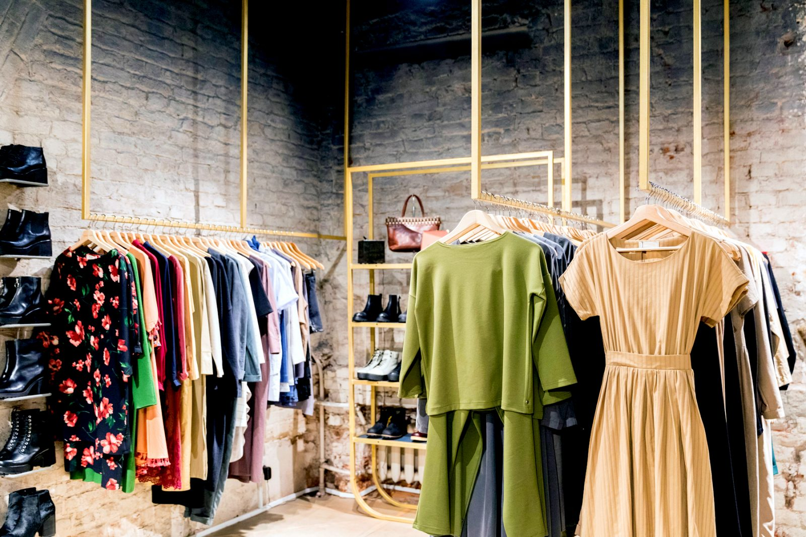 8 Growth Trends in Fashion eCommerce in 2020.